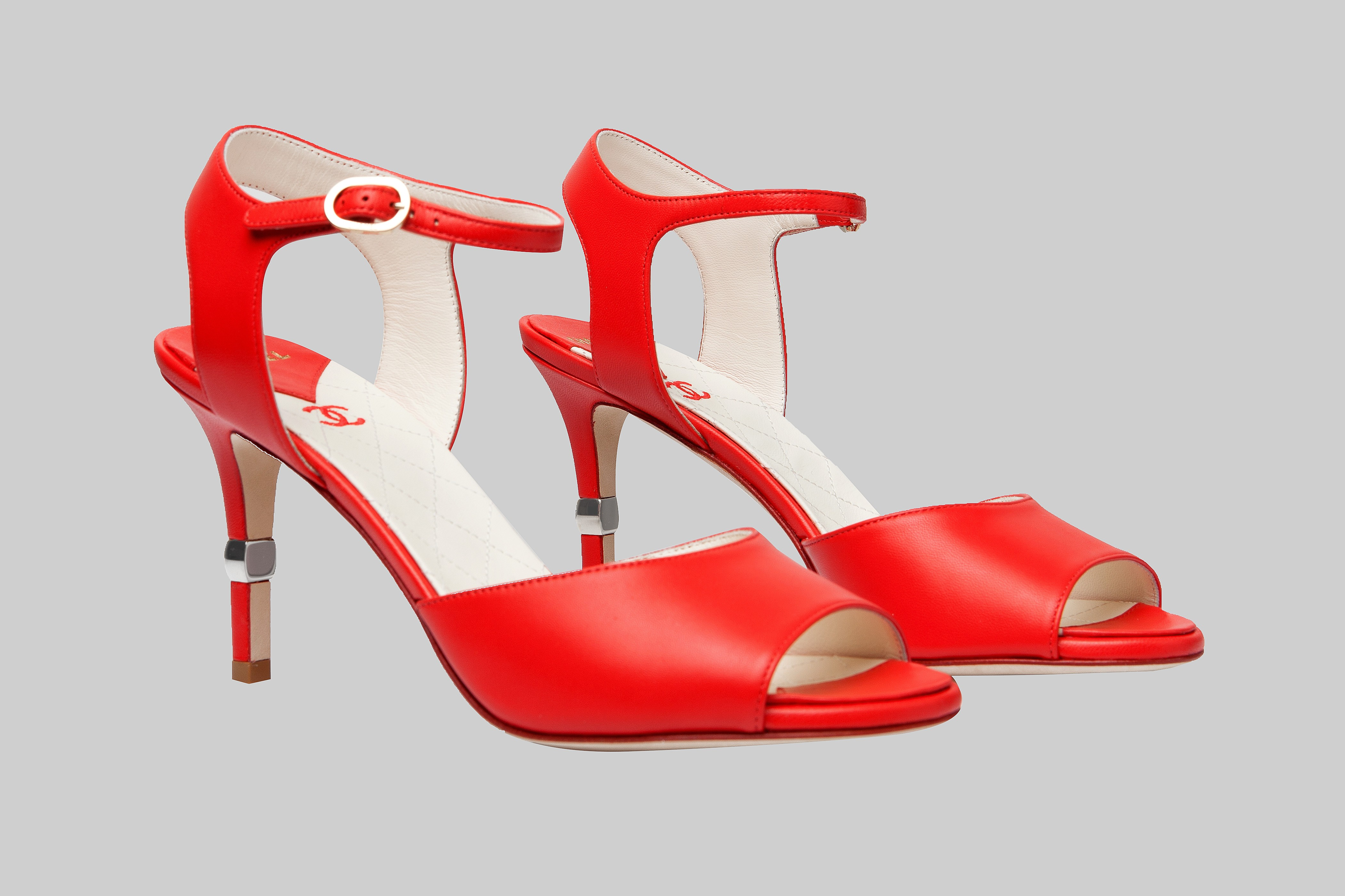 Red sandals CHANEL LINEA PIU LUXURY ITEMS