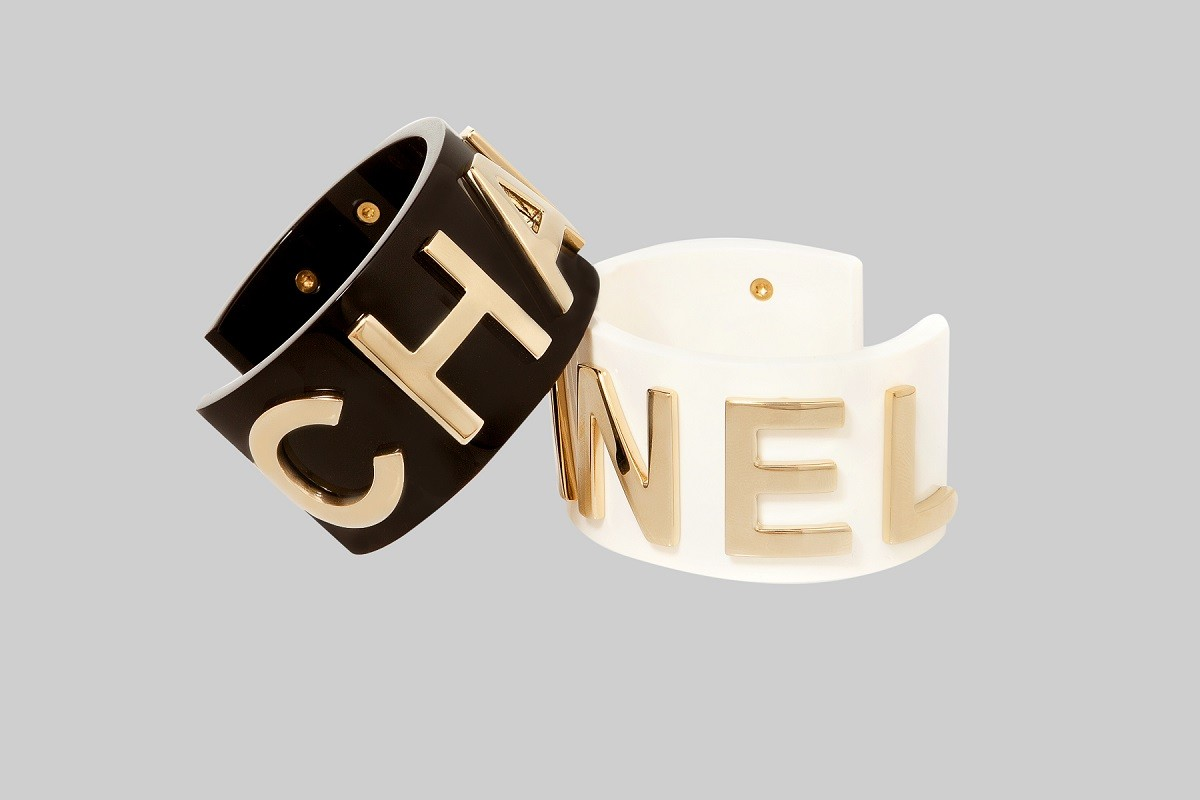 Gold AND black Bracelet gold AND white Bracelet CHANEL LINEA PIU LUXURY ITEMS