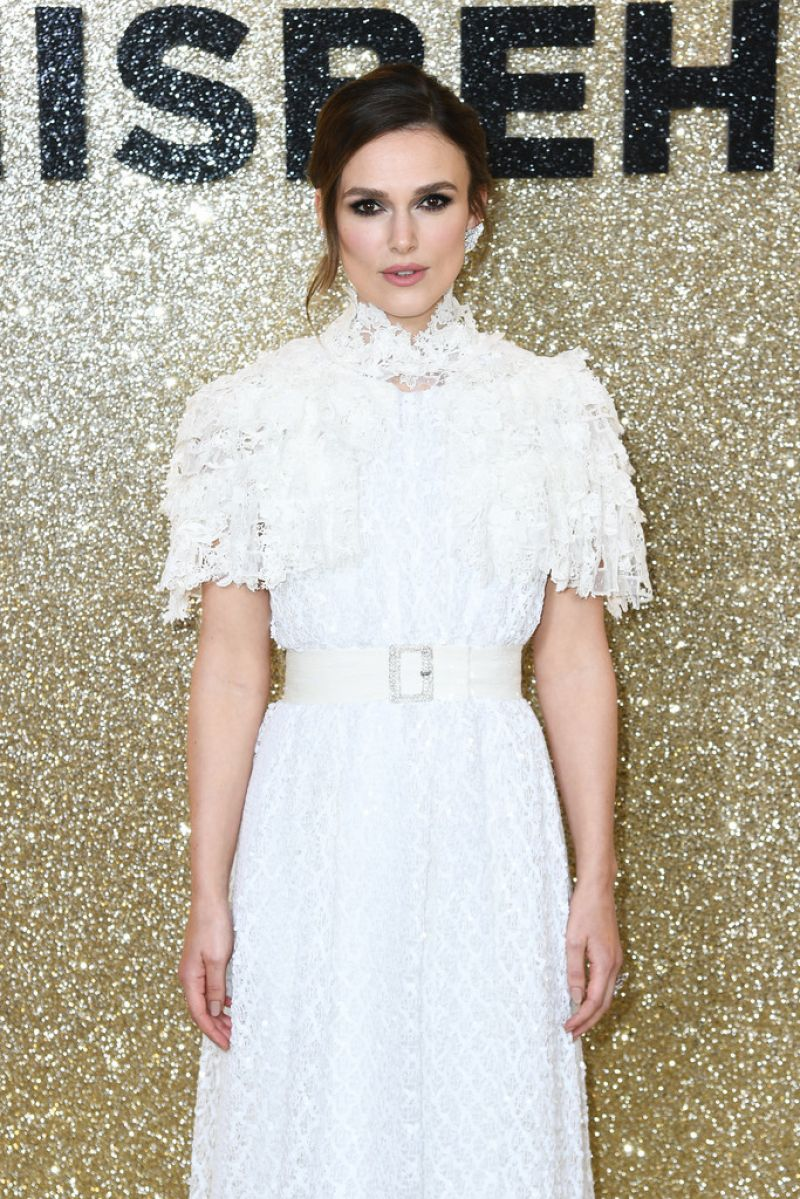 Keira knightley looked angelic in chanel and roger vivier heels at the misbehaviour premiere in london.